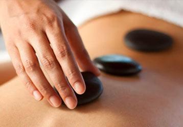 masaje piedras calientes menorca