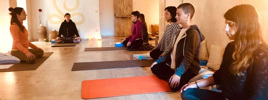 yoga hatha vinyasa Menorca